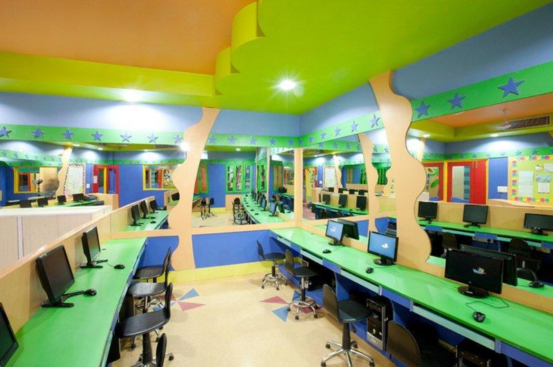Innovative Computer Classroom ~ Our campus presidium indirapuram